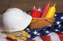 Plan Activities For Labor Day With Text Message Event Reminders